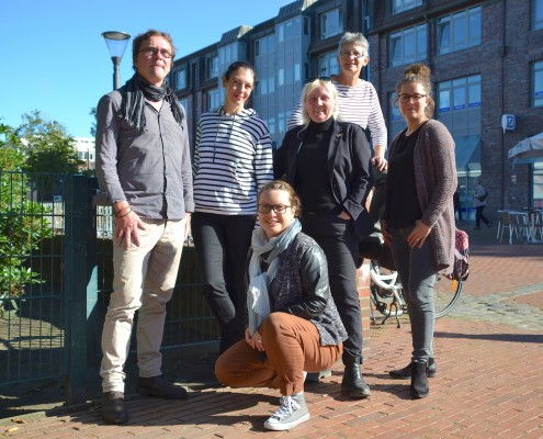 Ein Foto, das das Team des Niendorfer Wochenblatts zeigt