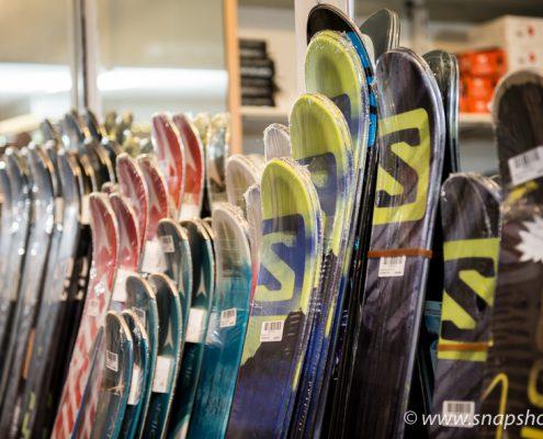 Skiverkauf und Skiservice