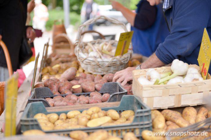 Große Auswahl an Kartoffeln bietet der Stand vom Kartoffelhandel Saracino