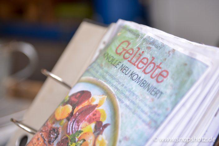 Beim Stand vom Kartoffelhandel Saracino kann man sich im Rezeptebuch direkt Anregungen holen